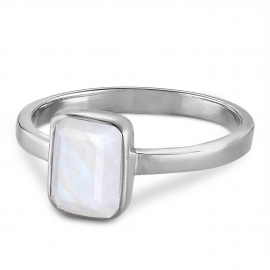 Ring with moonstone - silver