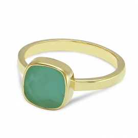 Solitaire ring with green onyx - gold plated