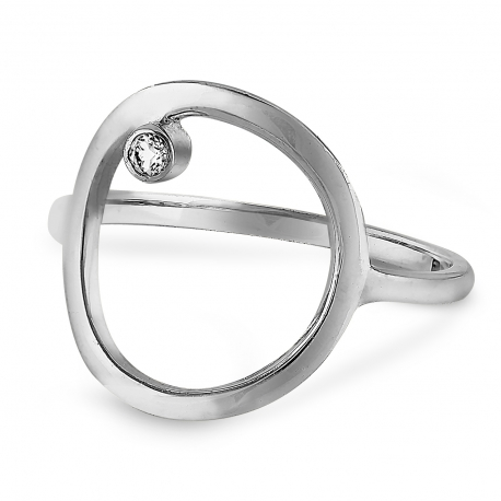 Silver ring with big circle