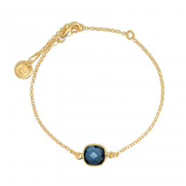 Bracelet with square, blue quartz - gold plated