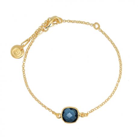 Armband mit blauem Quarz aus vergoldetem Silber